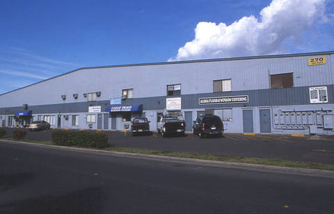 P&L Building