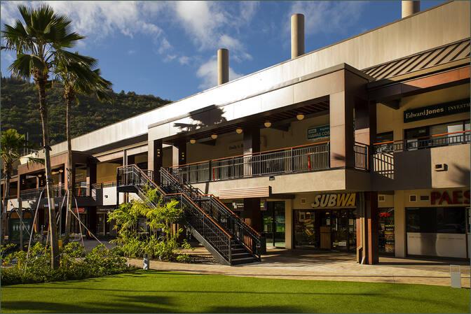 Manoa Marketplace